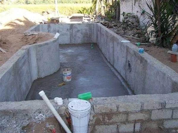 Строительство-открытых-бассейнов-их-виды-плюсы-и-минусы-1